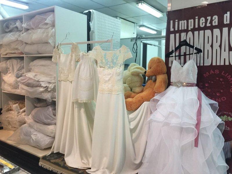 Precio limpiar vestido de novia